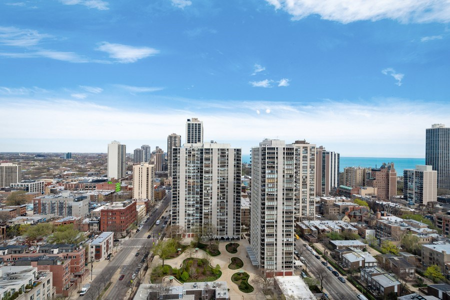 Real Estate Photography - 1360 N Sandberg Ter., Unit 2808C, Chicago, IL, 60610 - View
