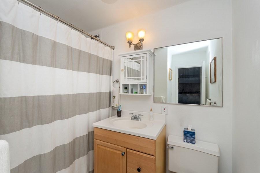 Real Estate Photography - 1360 N Sandberg Ter., Unit 2808C, Chicago, IL, 60610 - Bathroom