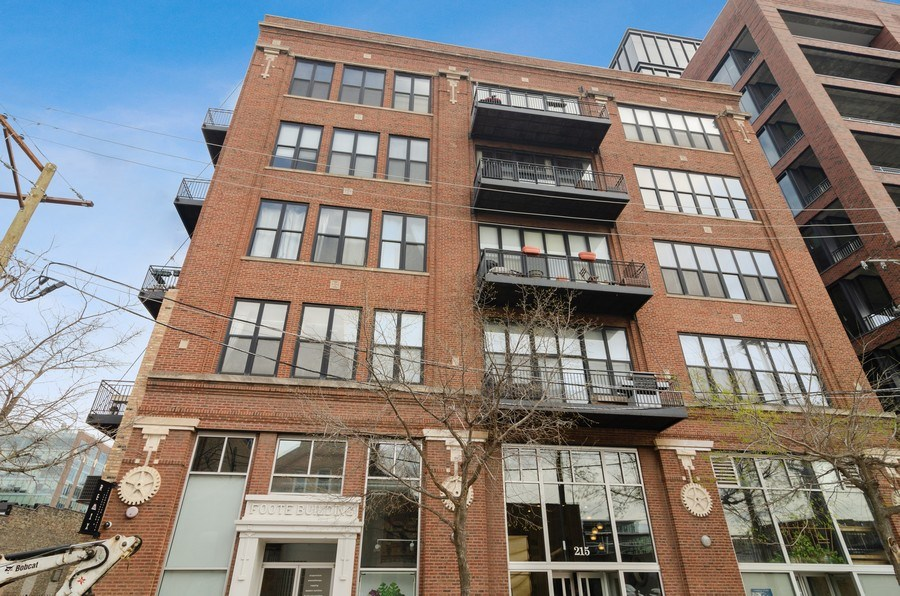 Real Estate Photography - 215 North Aberdeen #204B, Chicago, IL, 60607 - Front View