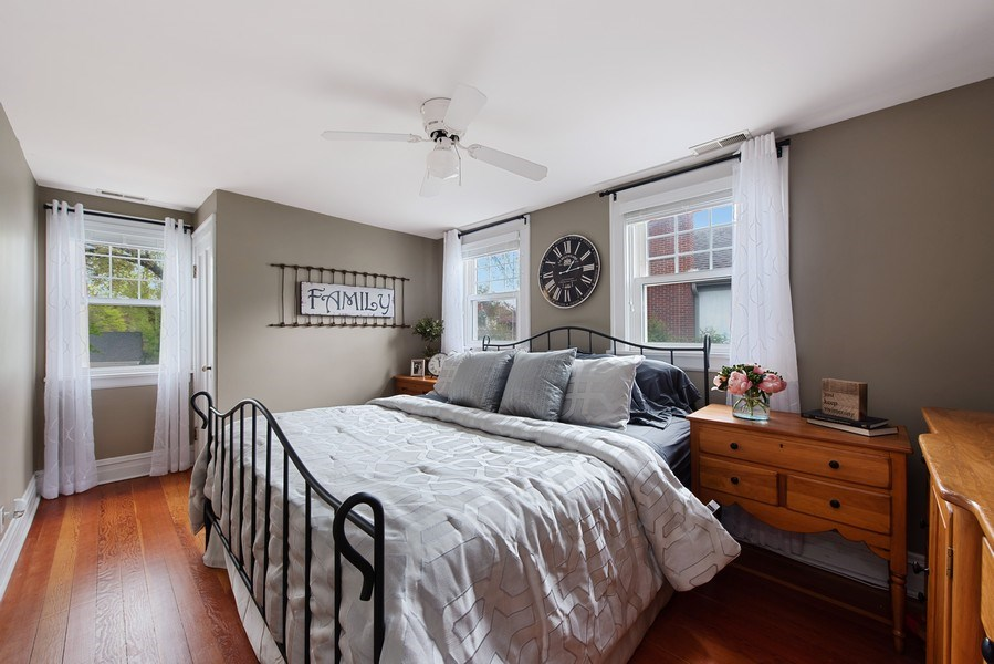 Real Estate Photography - 432 S Courtland Ave., Park Ridge, IL, 60068 - 2nd Bedroom