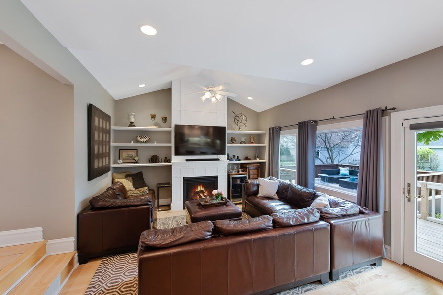 Real Estate Photography - 432 S Courtland Ave., Park Ridge, IL, 60068 - Family Room