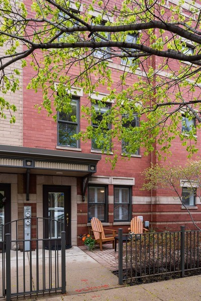 Real Estate Photography - 1012 N. Crosby, Chicago, IL, 60610 - Front View