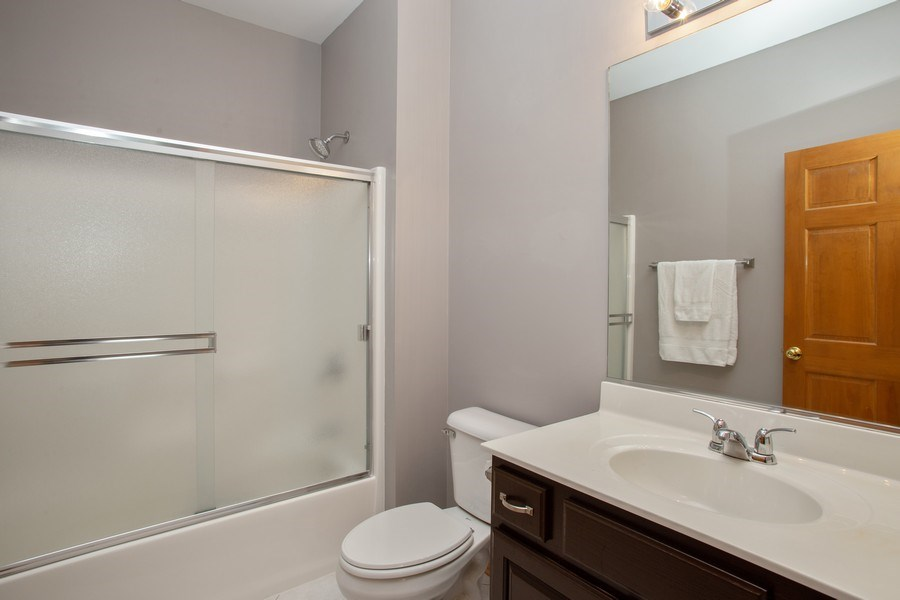 Real Estate Photography - 1283 W Lake St, #203, Addison, IL, 60101 - Master Bathroom