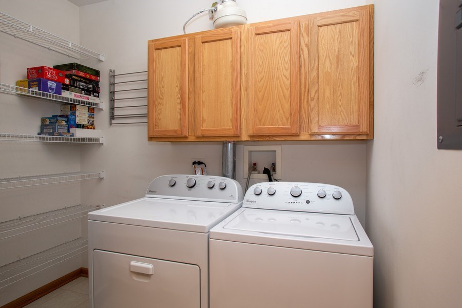 Real Estate Photography - 1283 W Lake St, #203, Addison, IL, 60101 - Laundry Room