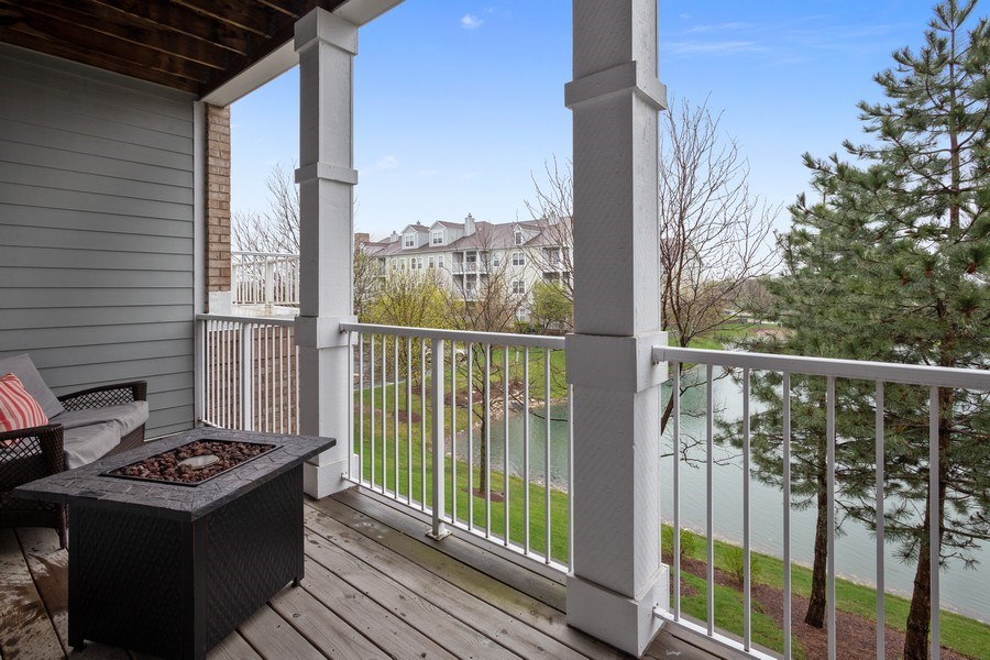 Real Estate Photography - 1283 W Lake St, #203, Addison, IL, 60101 - Balcony