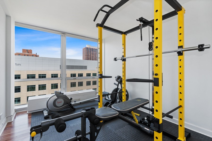 Real Estate Photography - 340 W Diversey Pkwy, unit 1416, Chicago, IL, 60657 - Exercise Room
