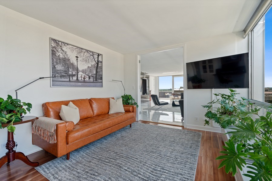 Real Estate Photography - 340 W Diversey Pkwy, unit 1416, Chicago, IL, 60657 - Den