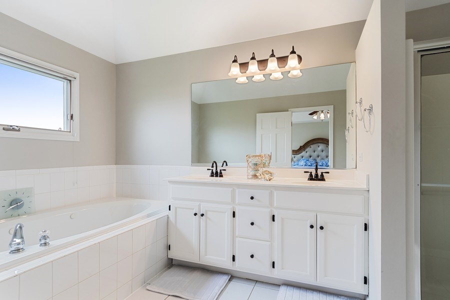 Real Estate Photography - 4924 Clearwater Ln, Naperville, IL, 60564 - Master Bathroom