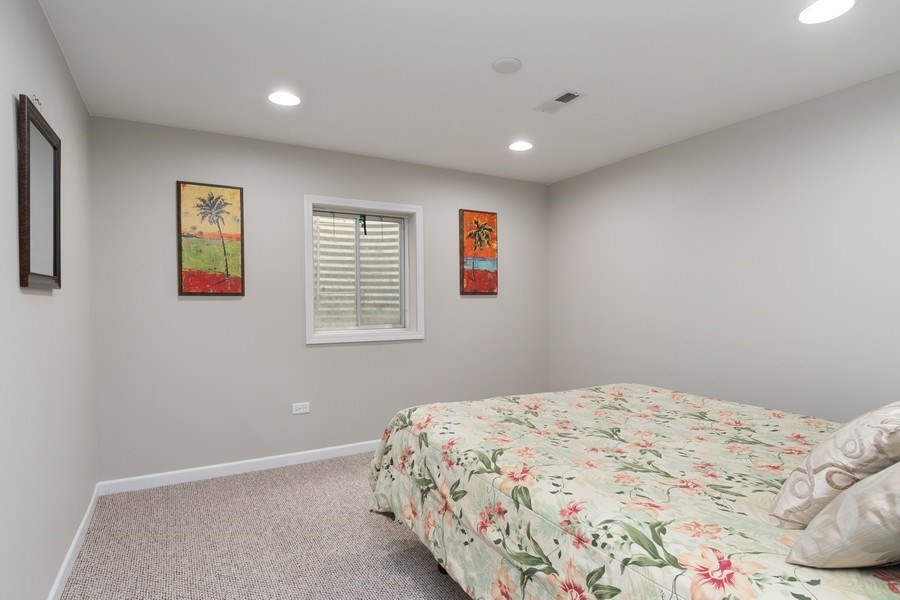 Real Estate Photography - 4924 Clearwater Ln, Naperville, IL, 60564 - 5th Bedroom