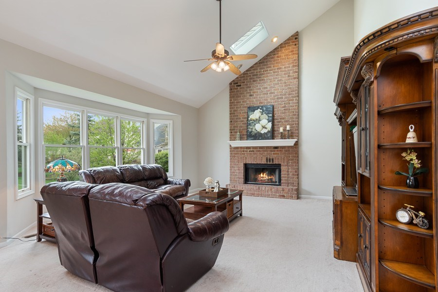 Real Estate Photography - 4924 Clearwater Ln, Naperville, IL, 60564 - Family Room