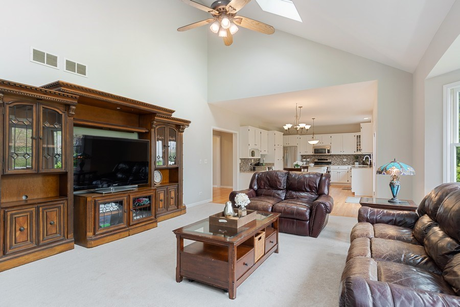 Real Estate Photography - 4924 Clearwater Ln, Naperville, IL, 60564 - Family Room / Kitchen
