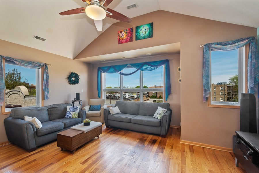 Real Estate Photography - 5516 S Indiana Unit 4, chicago, IL, 60615 - Living Room