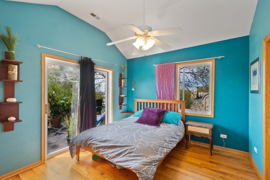 Real Estate Photography - 5516 S Indiana Unit 4, chicago, IL, 60615 - Master Bedroom