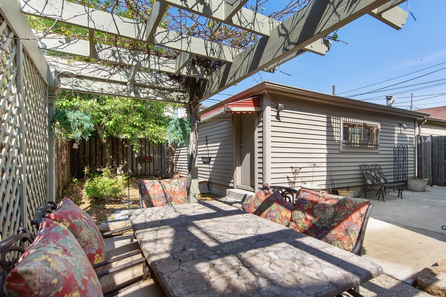 Real Estate Photography - 3224 S Union Avenue, Chicago, IL, 60616 - Back Yard