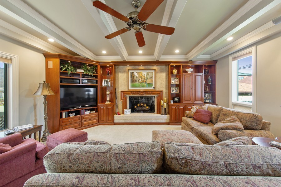Real Estate Photography - 3224 S Union Avenue, Chicago, IL, 60616 - Family Room