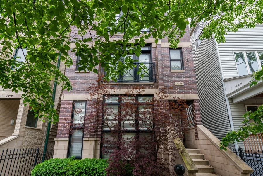 Real Estate Photography - 3316 North Clifton Ave, Unit 1, Chicago, IL, 60657 - Building Exterior