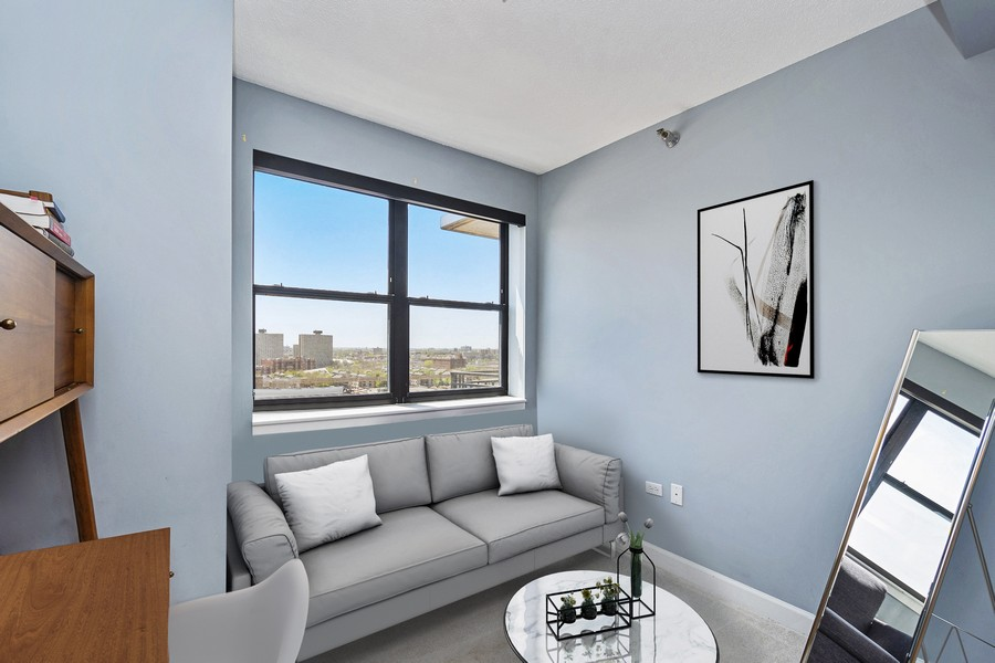 Real Estate Photography - 1529 S State St, Unit 13B, Chicago, IL, 60616 - Second Bedroom