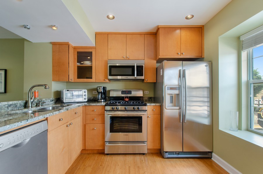 Real Estate Photography - 8007 Lincoln Ave, Skokie, IL, 60077 - Kitchen