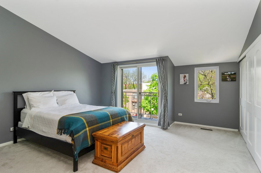 Real Estate Photography - 1646 N Mohawk St, Unit B, Chicago, IL, 60614 - Master Bedroom