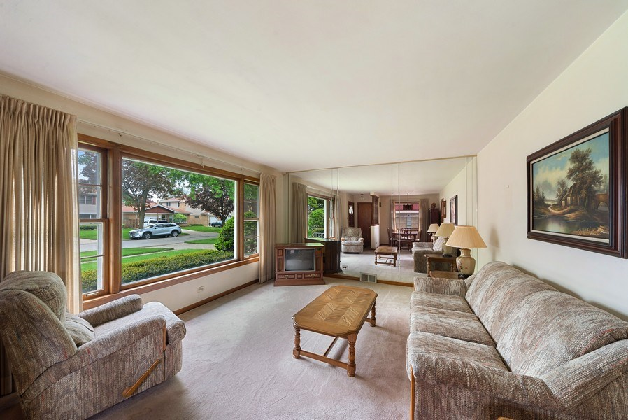 Real Estate Photography - 5011 N Octavia Ave., Harwood Heights, IL, 60706 - Living Room