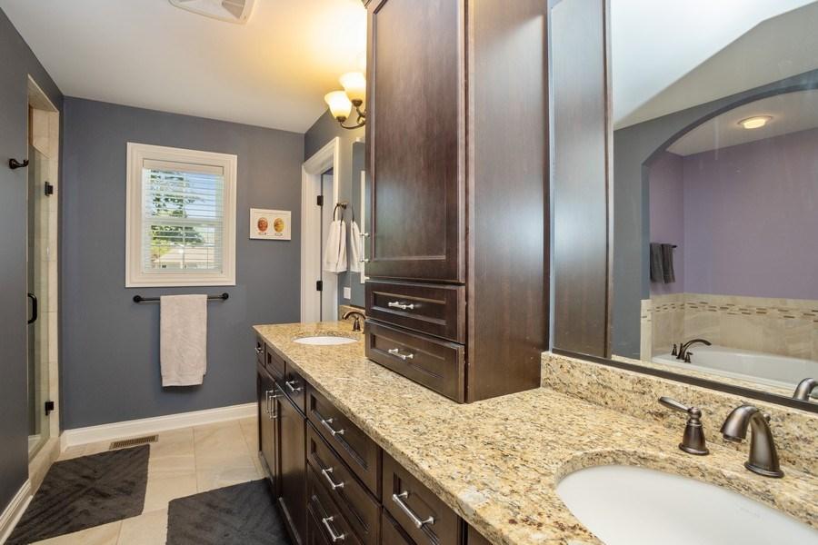 Real Estate Photography - 928 S Dunton, Arlington Heights, IL, 60005 - Master Bathroom