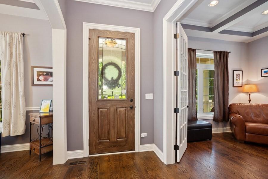Real Estate Photography - 928 S Dunton, Arlington Heights, IL, 60005 - Foyer