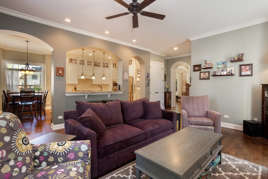 Real Estate Photography - 928 S Dunton, Arlington Heights, IL, 60005 - Kitchen / Living Room