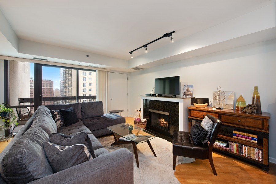 Real Estate Photography - 1212 N Wells Street, Unit 1404, Chicago, IL, 60610 - Living Room