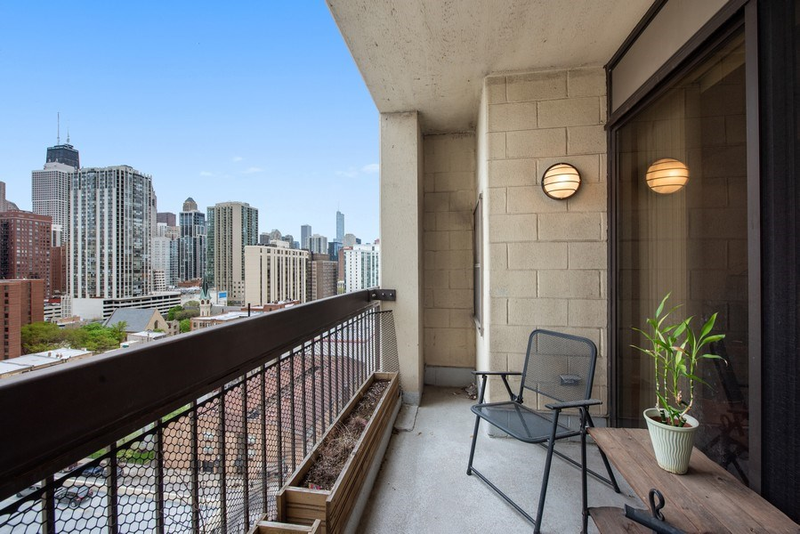 Real Estate Photography - 1212 N Wells Street, Unit 1404, Chicago, IL, 60610 - Terrace
