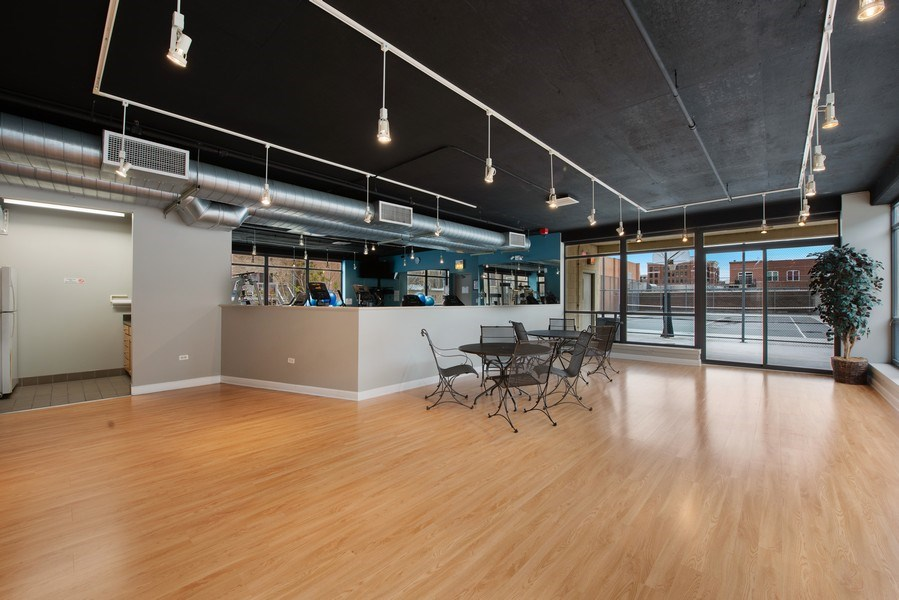 Real Estate Photography - 1212 N Wells Street, Unit 1404, Chicago, IL, 60610 - Clubhouse