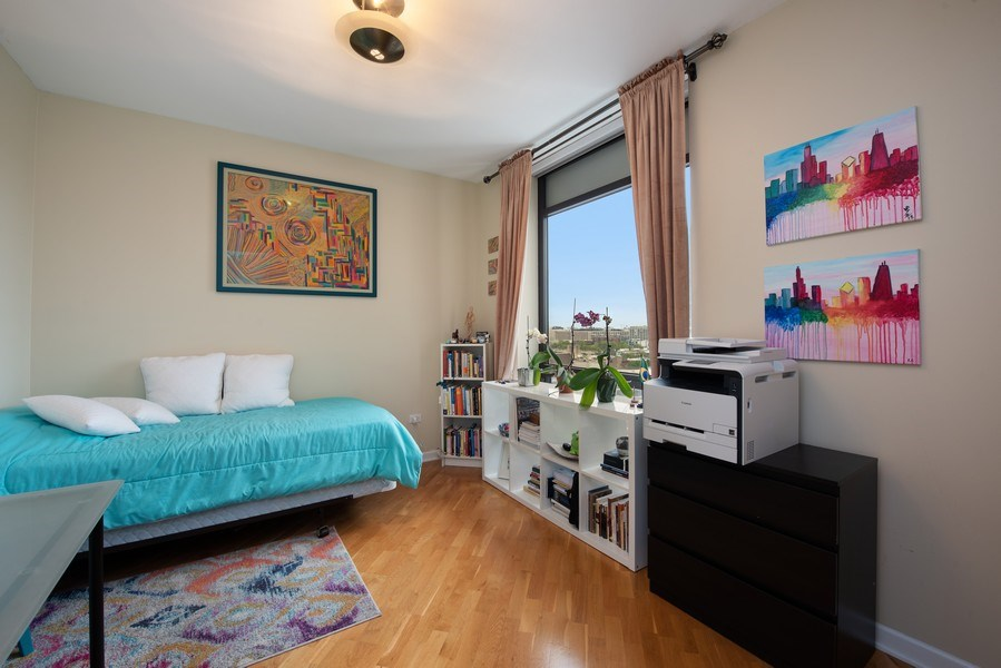 Real Estate Photography - 1212 N Wells Street, Unit 1404, Chicago, IL, 60610 - 2nd Bedroom