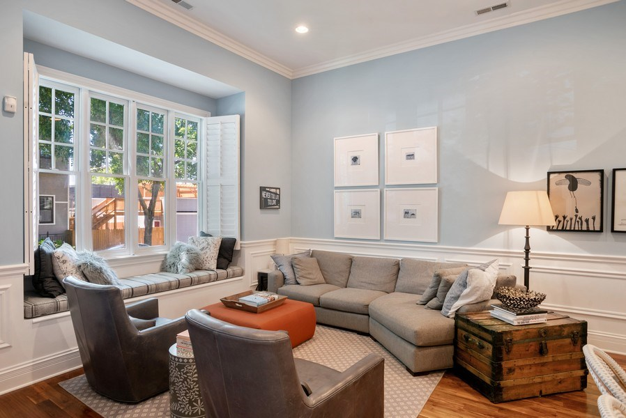 Real Estate Photography - 4200 N Oakley, Chicago, IL, 60618 - Family Room