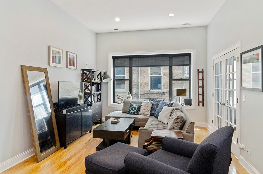 Real Estate Photography - 1064 N Milwaukee, 2W, Chicago, IL, 60642 - Living Room
