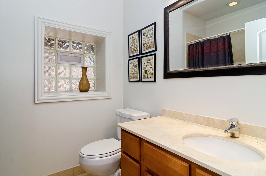 Real Estate Photography - 1064 N Milwaukee, 2W, Chicago, IL, 60642 - Bathroom