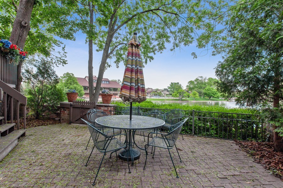Real Estate Photography - 18 Highridge Rd, Willowbrook, IL, 60527 - Deck