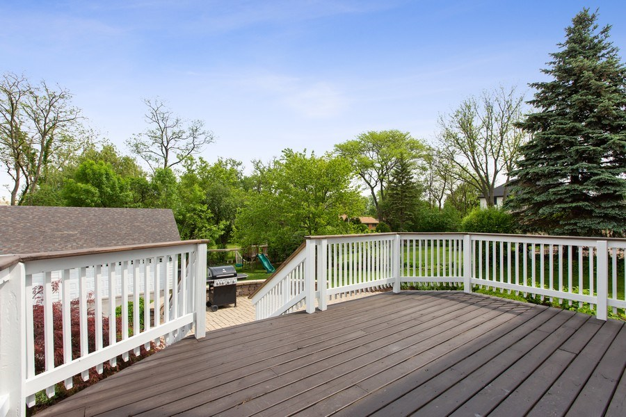 Real Estate Photography - 410 Traube Ave., Clarendon Hills, IL, 60514 - Deck
