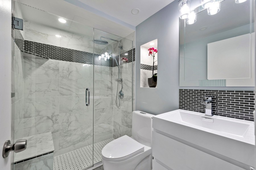 Real Estate Photography - 1440 N Lakeshore Drive Unit 12E, Chicago, IL, 60610 - 2nd Bathroom