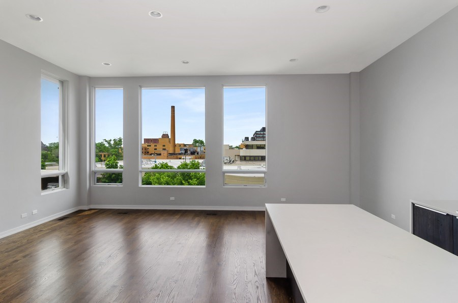 Real Estate Photography - 1137 North Leavitt, 3, Chicago, IL, 60642 - Living Room