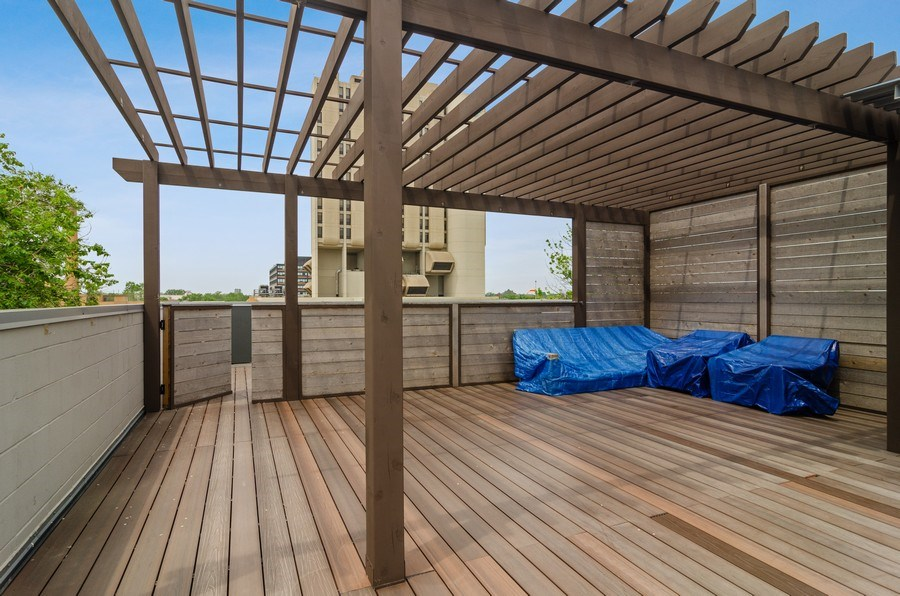 Real Estate Photography - 1137 North Leavitt, 3, Chicago, IL, 60642 -