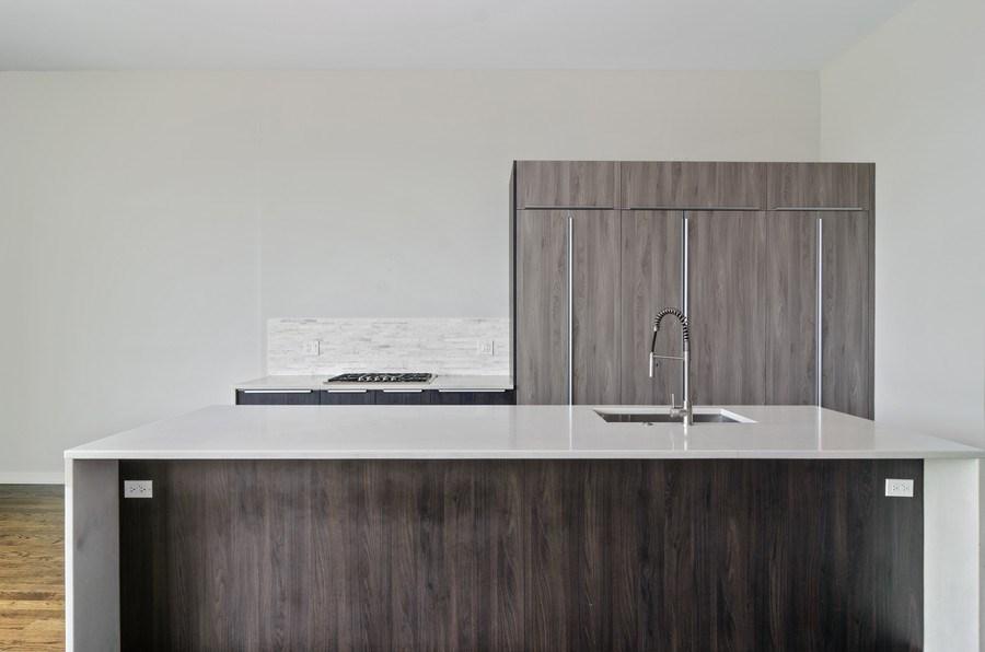 Real Estate Photography - 1137 North Leavitt, 3, Chicago, IL, 60642 - Kitchen