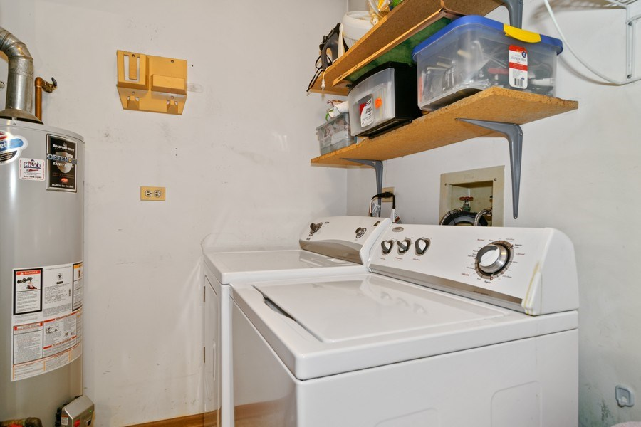 Real Estate Photography - 341 Newport Ln, Unit C2, Bartlett, IL, 60103 - Laundry Room