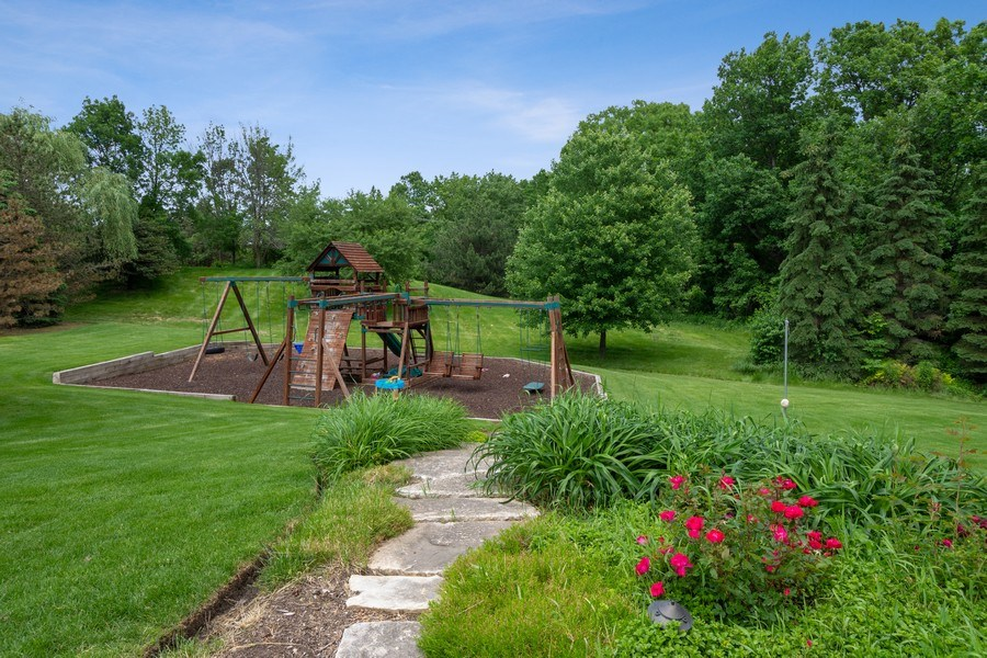 Real Estate Photography - 21514 W Hummingbird Court, Kildeer, IL, 60047 - Location 4
