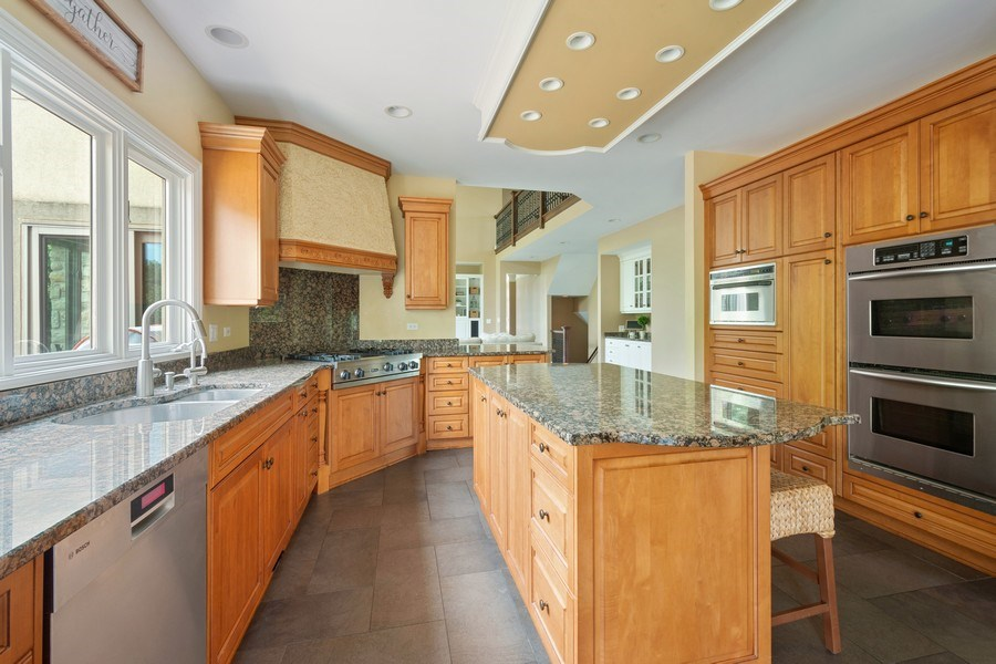 Real Estate Photography - 21514 W Hummingbird Court, Kildeer, IL, 60047 - Kitchen