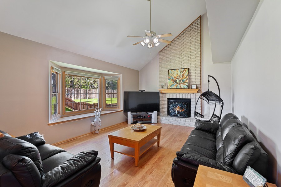 Real Estate Photography - 17 Yukon Ct, Bolingbrook, IL, 60490 - Family Room