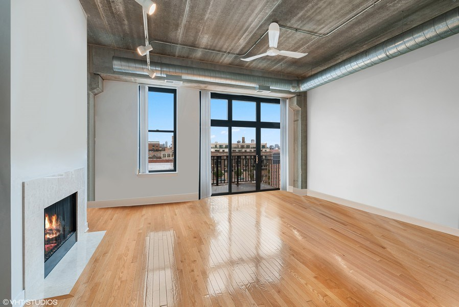 Real Estate Photography - 1635 W. Belmont #617, Chicago, IL, 60657 -