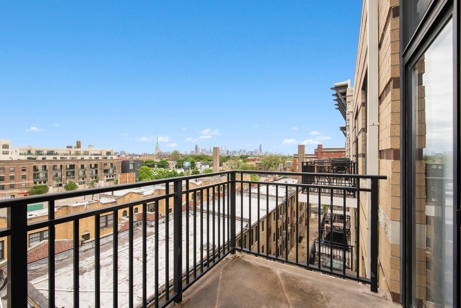 Real Estate Photography - 1635 W. Belmont #617, Chicago, IL, 60657 - Balcony