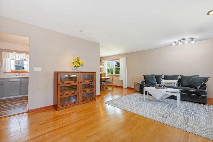 Real Estate Photography - 264 E. Fullerton Ave., Elmhurst, IL, 60126 - Living Room