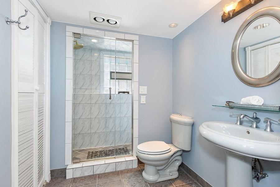 Real Estate Photography - 264 E. Fullerton Ave., Elmhurst, IL, 60126 - 2nd Bathroom