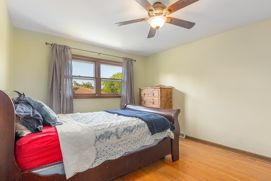 Real Estate Photography - 7701 Blackberry Lane, Willowbrook, IL, 60527 - Master Bedroom