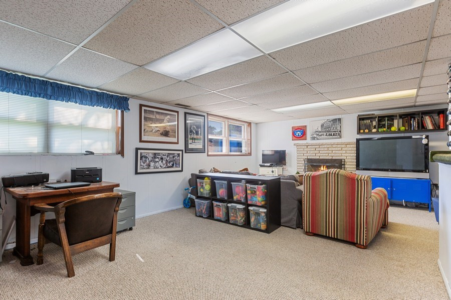 Real Estate Photography - 7701 Blackberry Lane, Willowbrook, IL, 60527 - Family Room